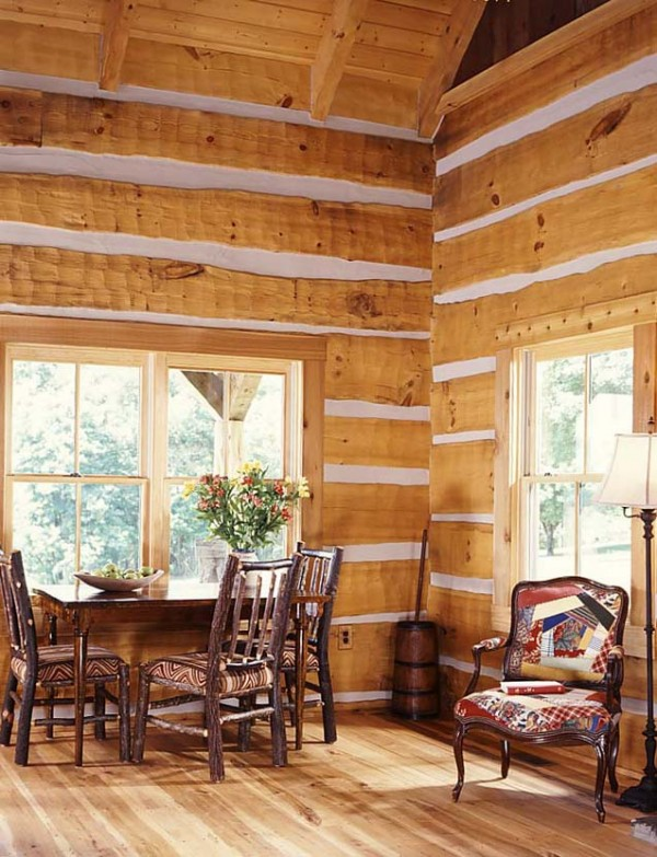 5 tiny cabin dining room e1290575444138  Cozy Winter Cabin