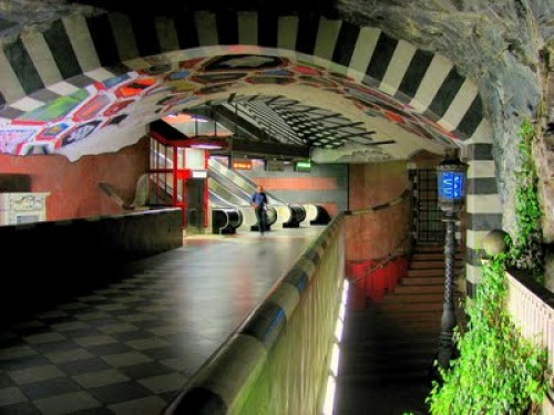 StockholmSubway e1320874482756 Subway Art: Stockholms underground museum